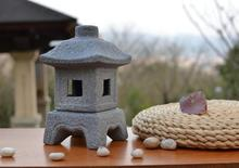 Japanese Candle Lantern Archaized Decorate Candle Holder Outdoor Vintage Candle Holder Ornaments for Home Garden Courtyard Deco(China)