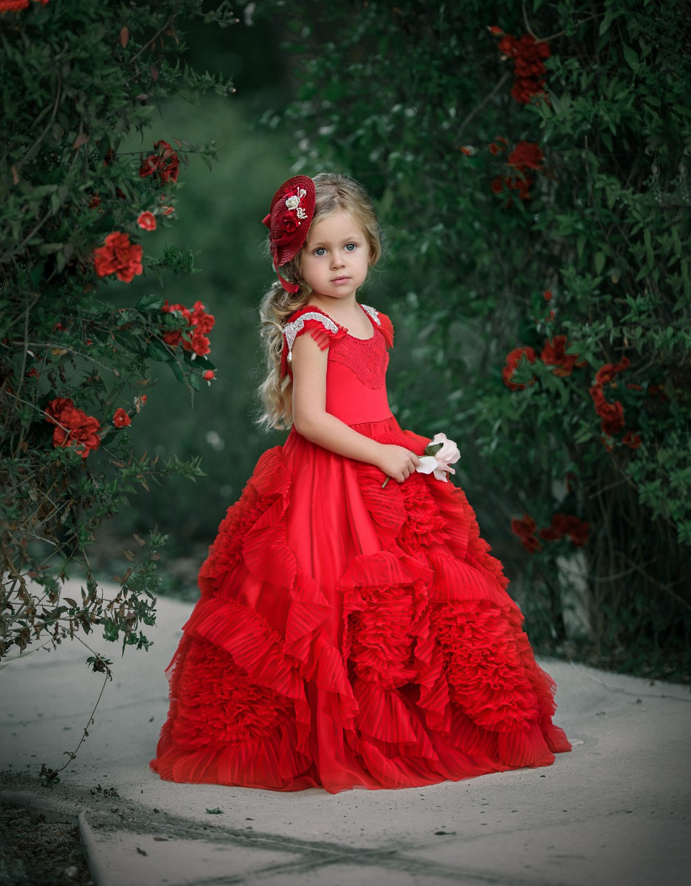 Gorgeous Red Ruched Puffy Girl Dresses Pearls Crystal Cap Sleeves Long Floor Pageant Dress with Handmade Flowers 0-12 Years Old <br><br>Aliexpress