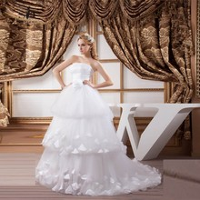White Dresses 2017 A-Line Tiered Simple Newest Coming Masquerade Strapless Tulle Gown Romantic Bridal Gown(China)