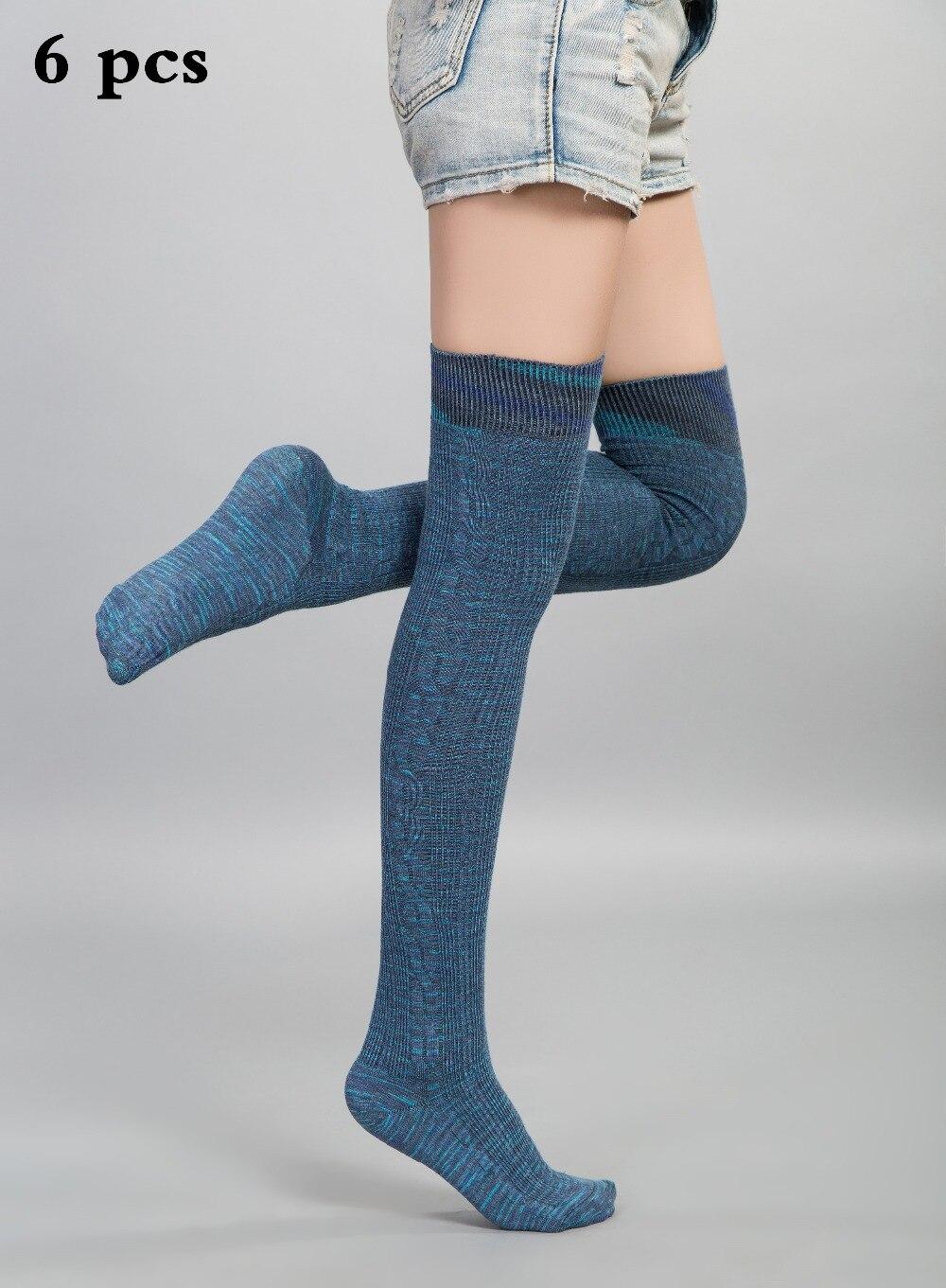 Секс фото женщины в белых шерстяных носках фото 472-365