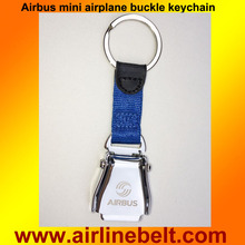Shipping free mini airplane airline seat belt buckle keychain keyring hot selling keyholder Airbus logo aircraft buckle key ring(China)