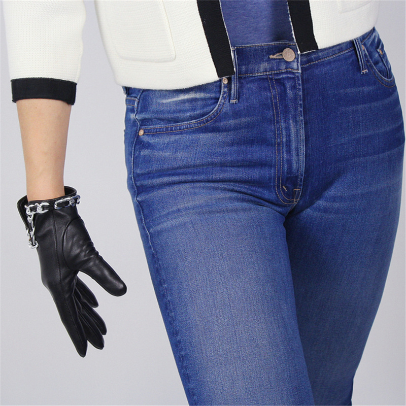 Ladies Fashion Hot Touch Screen Leather Gloves Imported Goatskin Black Female Silver Metal Chain Gloves TB62