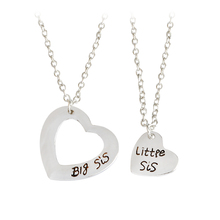 2pcs/set Engarved Big sis Little sis Double Hollow Heart Pendant Necklace Simple Special Gift For Sisters Family Jewelry