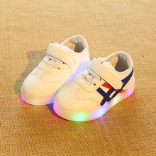2017 New brand Spring/Summer girls shoes boys shoes casual children casual shoes hot sales lighting LED kids baby shoes sneakers