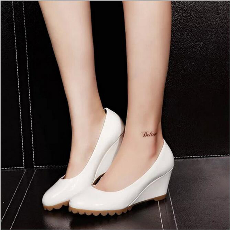 New spring new women pointed patent leather shoes slope with shallow mouth solid color fashion casual shoes<br><br>Aliexpress