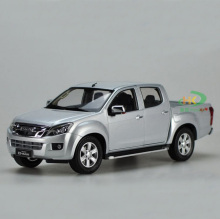High simulation 1:18 ISUZU D-MAX Alloy Pickup truck Model Metal Die cast Car Toy For Kids Gifts Toys Collection Free Shipping