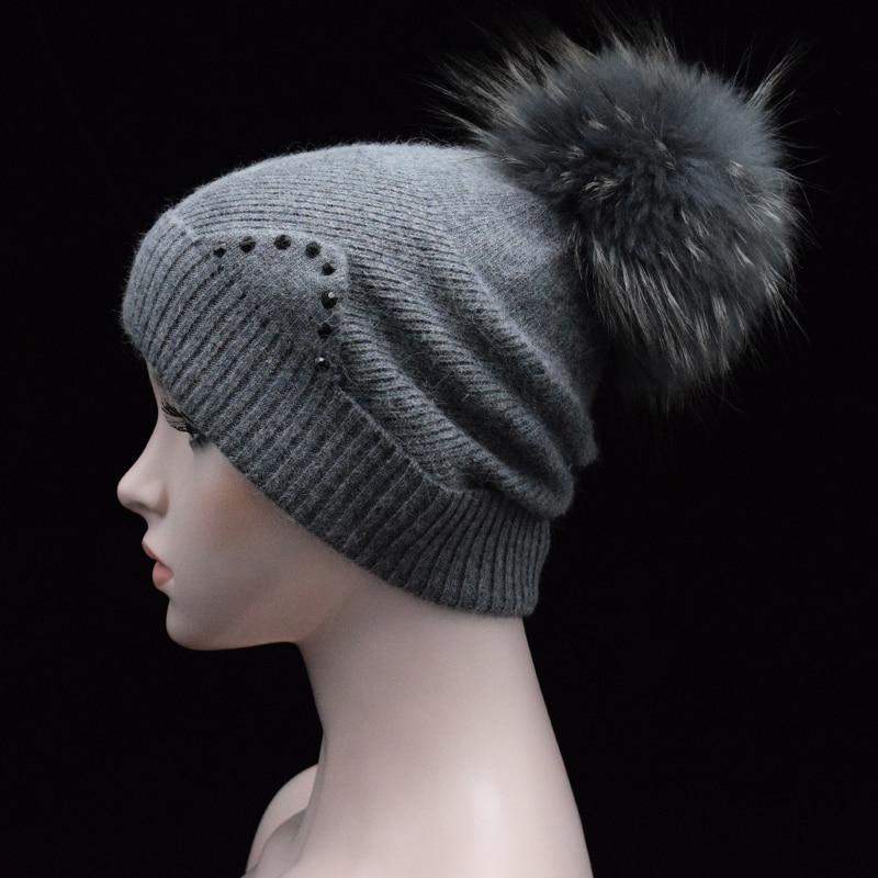 2017 New brand Winter autumn womens Beanies warms wool hat luxury Real Raccoon fur pompoms Beanie cap Girls rhinestone ears hatÎäåæäà è àêñåññóàðû<br><br>