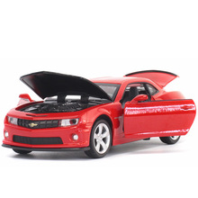 1:32 Chevrolet Camaro Bumblebee Diecast Vehicle Alloy Metal Sound & Light Pull Back Car Model Toys Kids 3 Styles Random Color