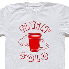 GILDAN Flying Red Solo Cup T Shirt Funny Beer Tee Keg Party Flip Pong Alcohol Vintage Retro Humor Novelty