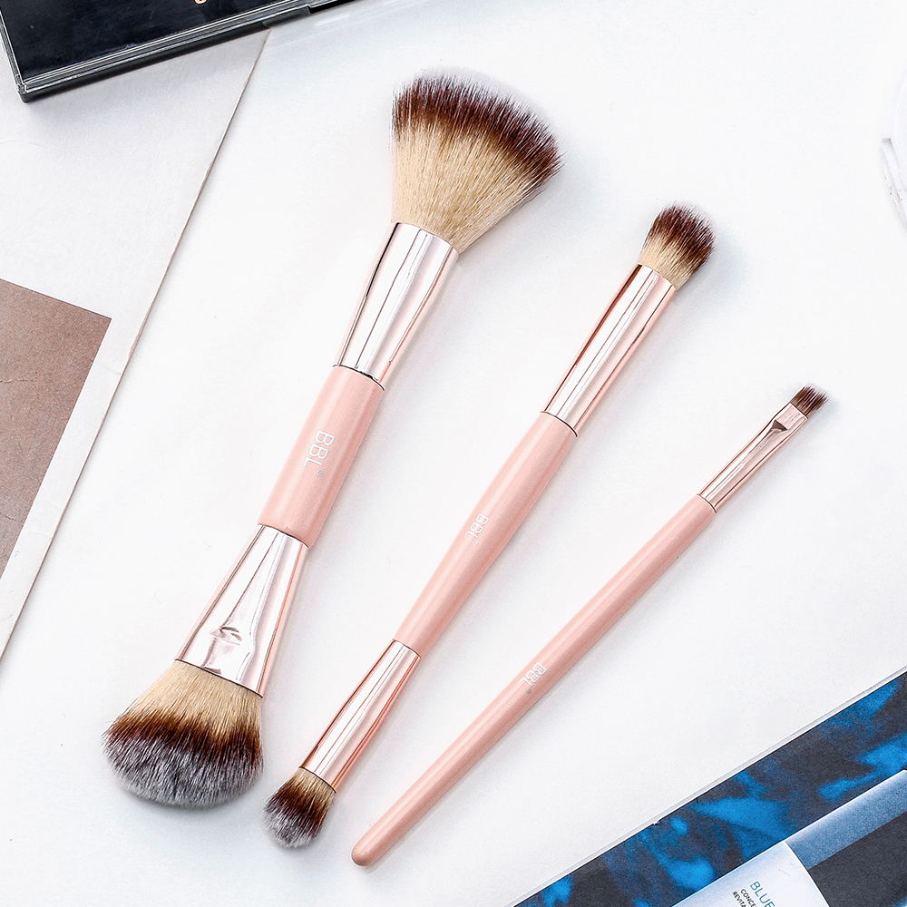 Kabuki Foundation Makeup Brush 24