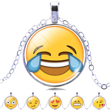 2017 Lovely Emoji Glass Pendant Necklace For Women Fahion Silver Color Chain Choker Emoji Necklace Women Jewelry New Arrival(China)