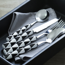 3pcs Cybil Minimalism Stainless Steel Cutlery Dinner Knife Fork Large Cutlerywith Ceramic Handle for Dinnerware 16-20cm