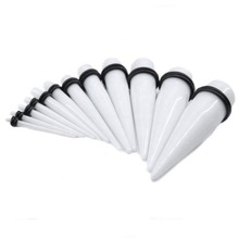 18pcs/lot UV Acrylic Black Solid Ear Taper Ear Expander Strecher Gauge Body Tapers Expander Plug Jewelry 14G 2mm-00G 10mm