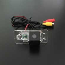 Color Night Vision Car Camera For BMW X5 E53 E70 / X6 E71 / Rear View Camera / Backup Parking Camera / License Plate Lamp OEM