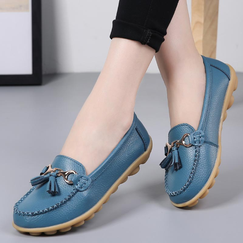 Shoes woman 2018 fashion tassel fringe solid color loafers shoes female genuine leather flats shoes round toe ladies flat 35-44(China)