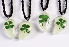 FREE SHIPPING 2 pair lots glow in dark mini drop four leaf clover half heart pendants