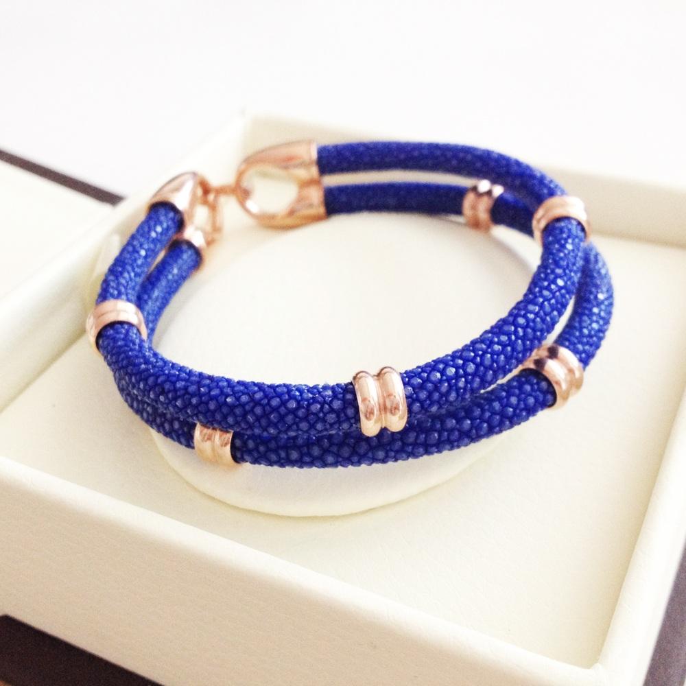 blue rose (1)
