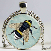 Free shipping Honey Bee Necklace Bumblebee on Blue Floral Background Scrabble Tile Pendant,Scrabble Tiles For Jewelry