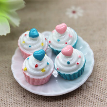 10pcs Cute Artificial Food 3D Resin Cake Craft DIY Embellishment Accessories Scrapbooking Decoration,15*16mm