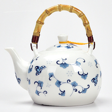 Ceramic teapot 1500ML , large capacity, blue and white porcelain, ceramic handmade teapot, glass tea pot, with filter