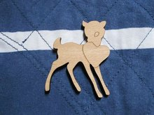 New arrive  Fast shipping could be mix buying a little deer carry a love wood brooch