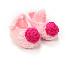 Sweet Pink Flower Newborn Knitting Booties Cheap Handmade Shallow Infants Baby Crochet Shoes 10 cm
