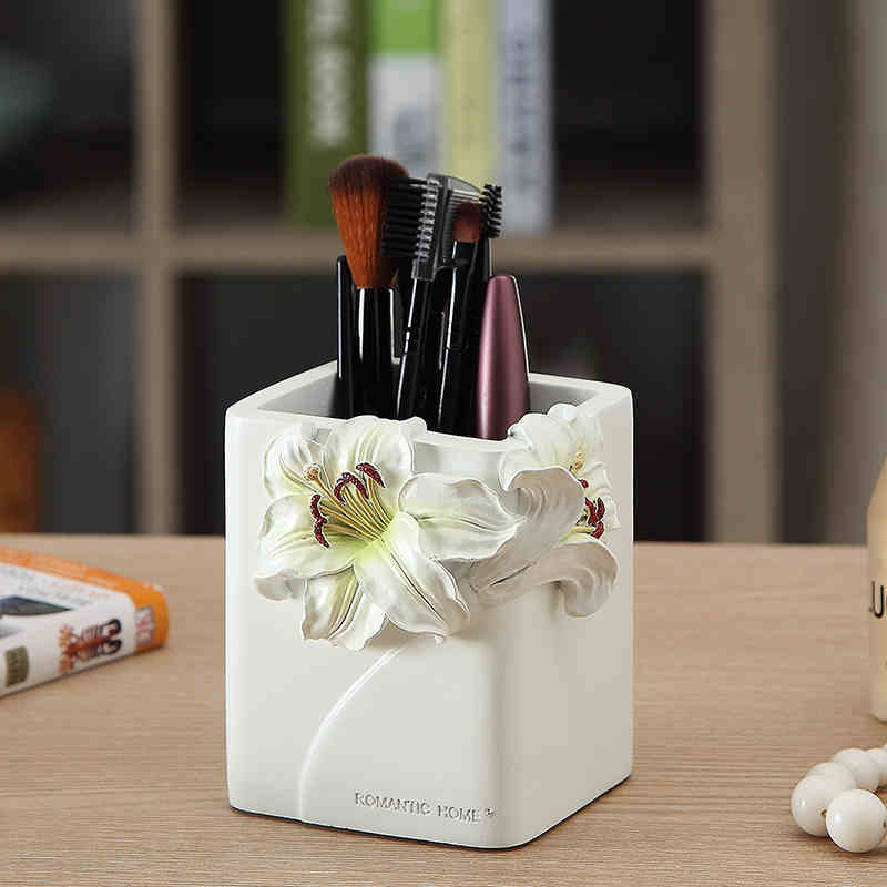 Creative fashion cute business gifts Decoration resin pen lilies make - up brush tube<br>