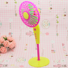 FREE SHIPPPING ,2015 best selling electric dolls fan for Girl Barbie Dolls , Fashion Simulation of fan for barbie dolls