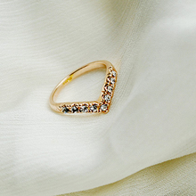 Hot Sexy Women's Unique Design Of The V-shaped Section Style Pinkie Ring(China)