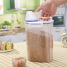 Convenient 2L Plastic Kitchen Food Cereal Grain Bean Rice Storage Container Box Case Nice Home Organizer FRIDGE Container Hot(China)