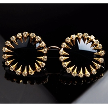 2018 Mens designer sunglasses Cool Fashion rivet steampunk Sun glasses Rhinestone Round Women Sunglasses Unique Style UV400(China)
