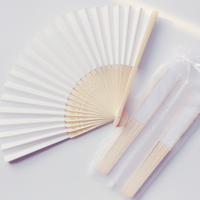 50Pcs Chinese Bamboo White Paper Fan Hand Personalized Wedding Favor And Gift For Guest regalos de boda para los invitados