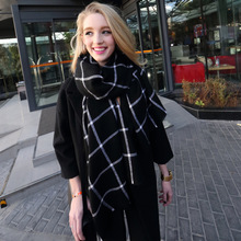 ZA Brand New Design Cashmere Woven Triangle Scarf black white Plaid Fashion Scarf Pashmina Warm in Winter Shawl For Women