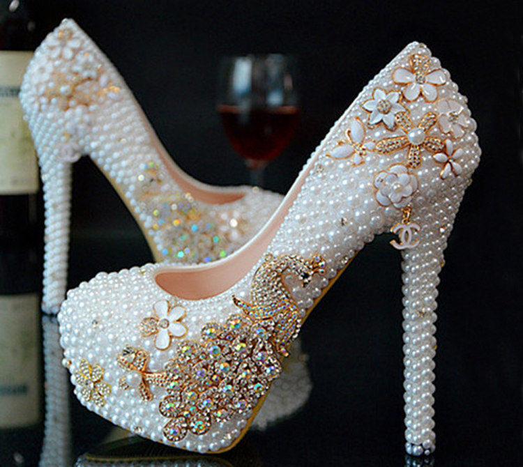 2016 Luxury Crystal Formal Dress Shoes  Custom Made Elegant High Heel Bridal Shoes Party Prom Women Wedding Shoes<br><br>Aliexpress