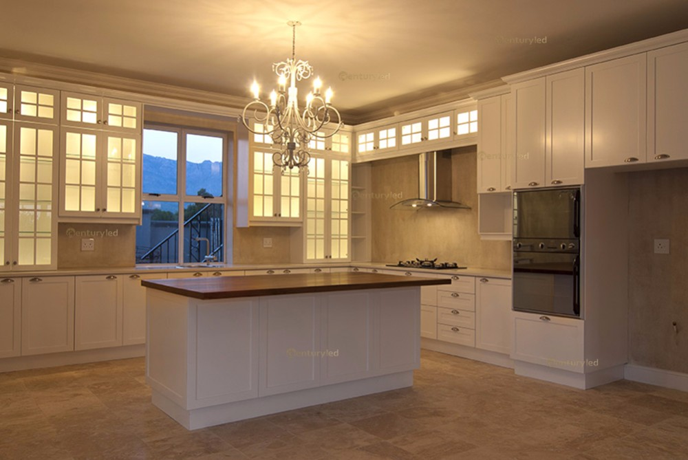 home-kitchen-candelabra-lighting