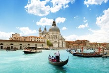 Venice Boats Buildings Rivers Canal People Cities Scenery Landscape Fabric Silk Poster Print Home Decoration B0115-46