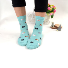 1 Pair 2017 Hot Sale New Fashion Cute Women Multi-colors Cotton Socks Animal Cat Pattern Cartoon Lovely Causal Lady Socks Gift(China)