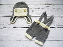 free shipping,Crochet Baby gray locomotive hat with overalls,handmade hat,shorts baby Set Newborn Photo Prop NB-3Mon 100% cotton