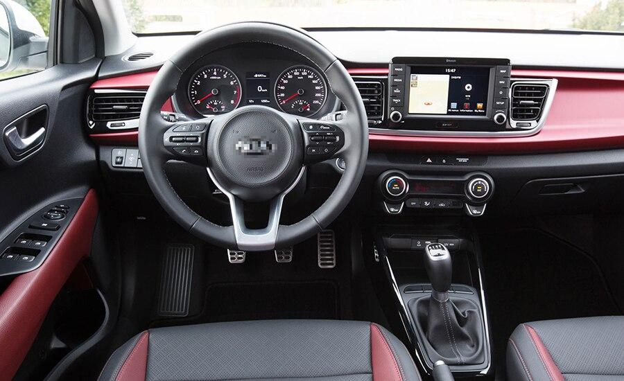 2018-Kia-Rio-Hatchback-interior-cockpit-steering-and-dash