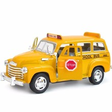 High Simulation Exquisite Diecasts Toy Vehicles KiNSMART 1:36 Chevrolet SUBURBAN 1950 School Bus Alloy Diecast Model Car Toy