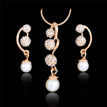 SHUANGR Unique Simulated Pearl Jewelry Set Gold-Color Long Grape Pendant Earrings Necklace Set Crystal Wedding Accessories
