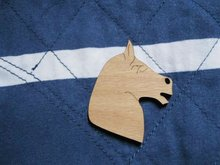 wholesale Fast shipping welcome mix buying horse head brooches(China)
