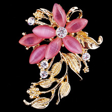 New Arrival Women Wedding Brooches Wholesale,Opal Rhinestone Lapel Flower brooch Pins for women party casual dress,free shipping