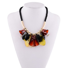 Collares 2016 Necklace pendant famous brand jewelry resin choker black chain flower statement necklace perfume women(China)