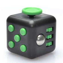 3.3cm  Magic Fidget Cube Small Cute Kids Adult Novelty Anti Stress Desktop Stress Relief Tool Clip Office Toys Christmas Gifts