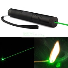 Promotion! Flashlight Style 301 Focus Burning 532nm Red / Green Laser Pointer ,Green Laser Pen Lazer Beam Military Green Lasers