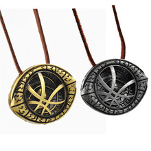 hot fantasy movie doctor strange necklaces & pendants vintage doctor strange eye pendant chain necklace Collares skin Choker