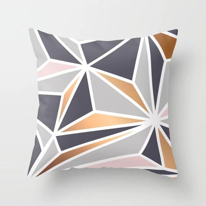 geometry-gold-047-pillows.webp
