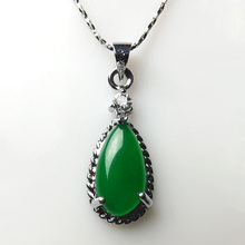 High Quality Green Jade Pendant  Wholesale Necklace Pendant Natural Jade Stone Necklace Pendant Steel Alloy Necklace