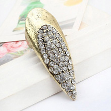 The Hot List Star Personality Punk Style Luxury Ring Tip Sleeve Catch Long Fingernails Traingle Ring Fashionable R139